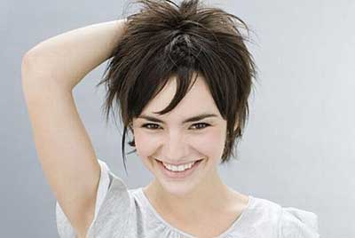 Como usar óleos de uma perda do cabelo