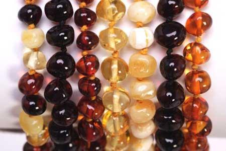fotos de colares de âmbar