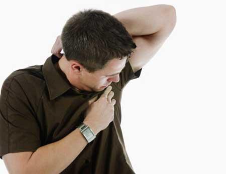 mancha de desodorante