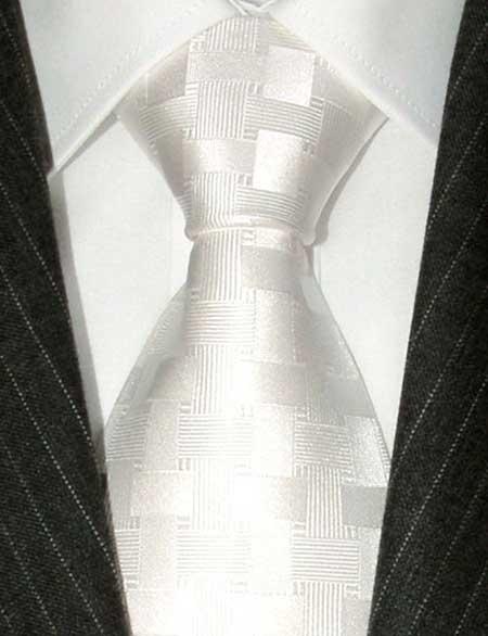 como usar gravata branca