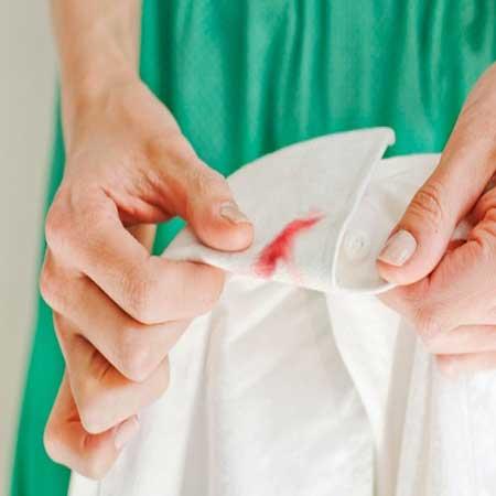 como tirar, limpar e remover manchas de sangue