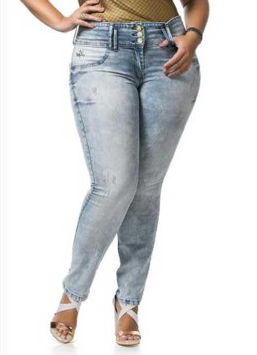 fotos e imagens de modelos de calças femininas da moda